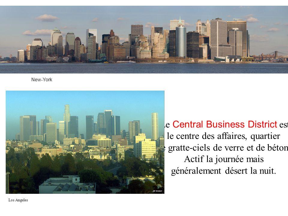 Le Central Business District est le centre des affaires, quartier de gratte-ciels de verre et de béton, Actif la journée mais généralement désert la n
