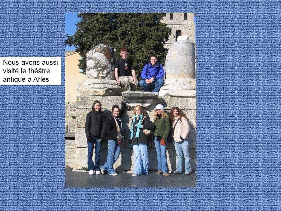 Nous avons aussi visité le théâtre antique à Arles