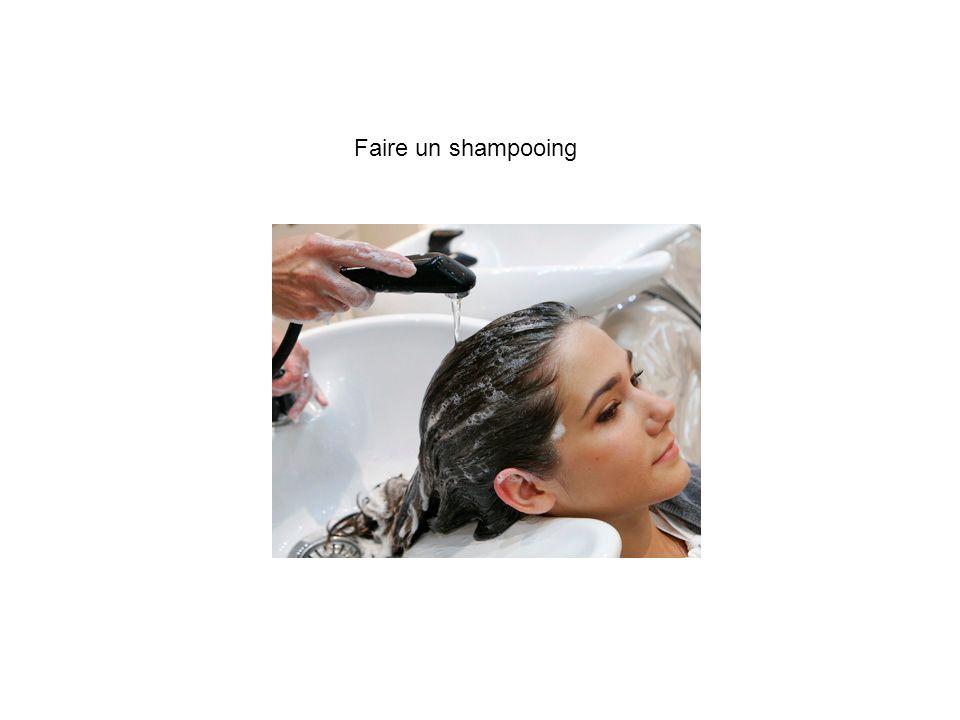 Faire un shampooing
