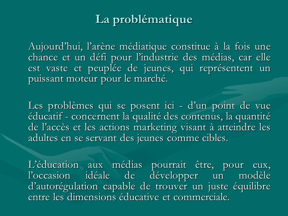 La problématique Aujourdhui, larène médiatique constitue à la fois une chance et un défi pour lindustrie des médias, car elle est vaste et peuplée de