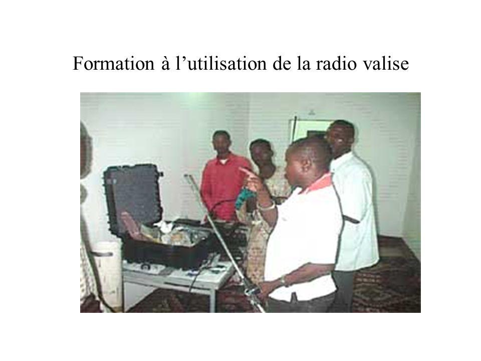 Diffusion dinformation traitée sur ordinateur Émission enfants pour enfants de Radio Alfarouk