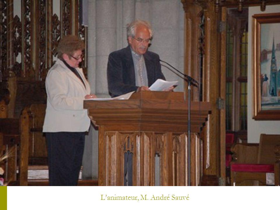 Le chrême apporté par Shaun Lynch et Giampaolo Carli, des régions de Soulanges, Vaudreuil-Dorion-LÎle Perrot.