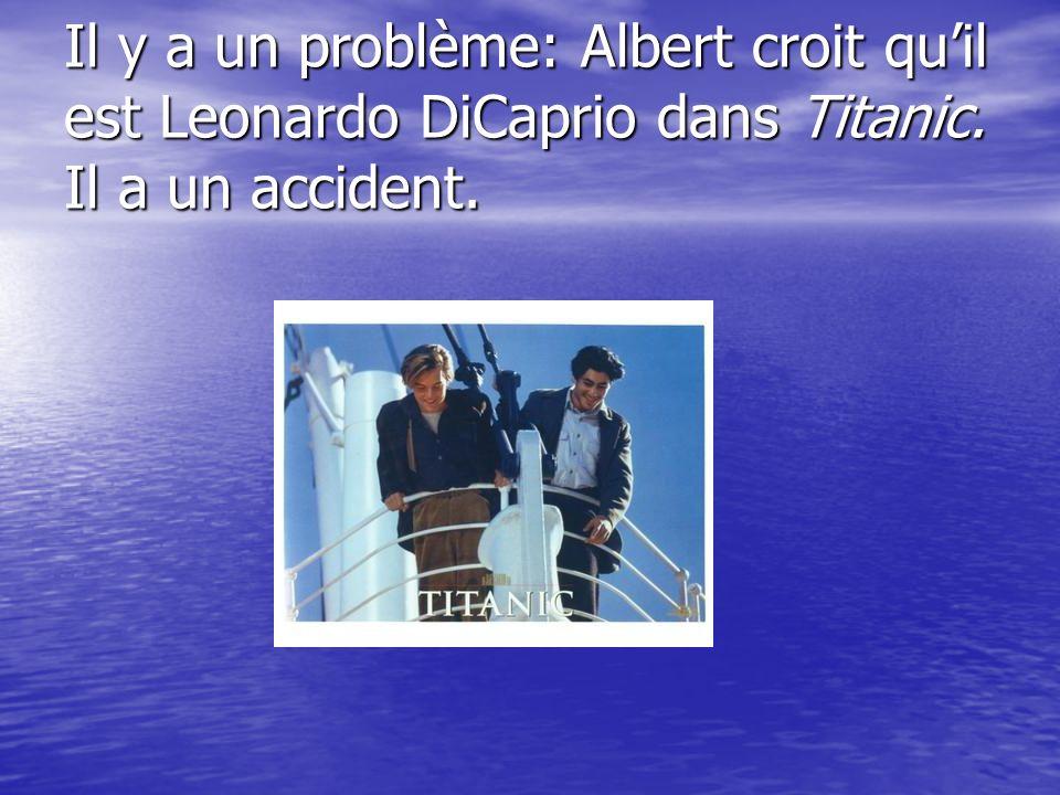 Albert et Guy vont au pont pour regarder la mer.