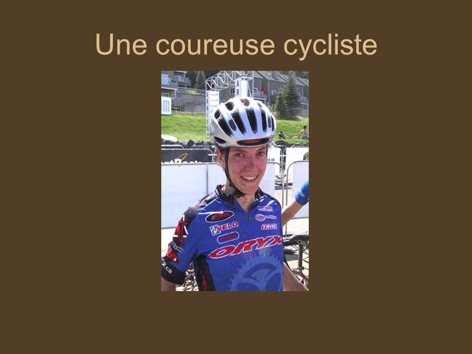 Une coureuse cycliste