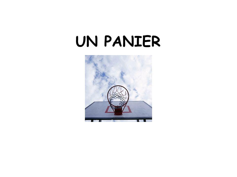 UN PANIER