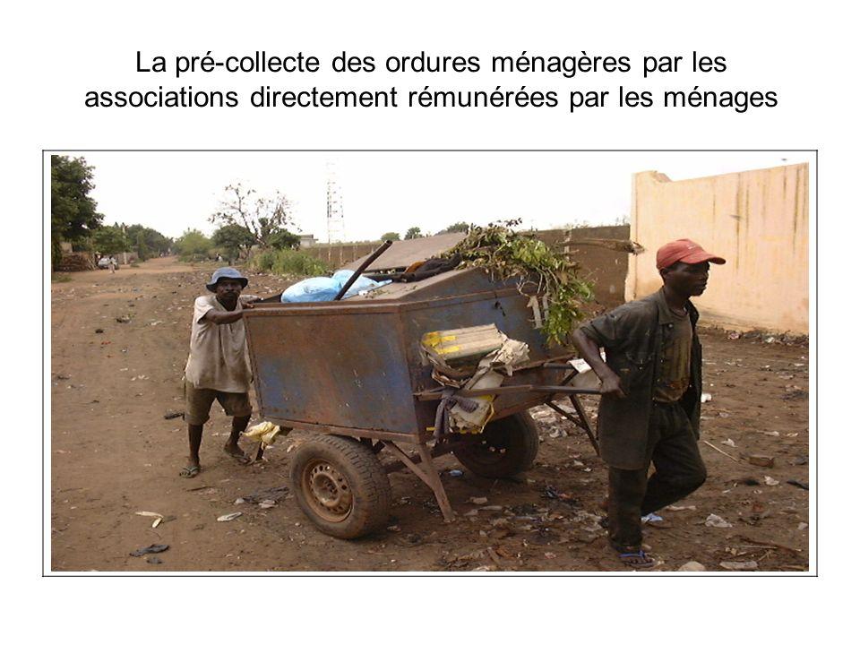 La pré-collecte des ordures ménagères par les associations directement rémunérées par les ménages