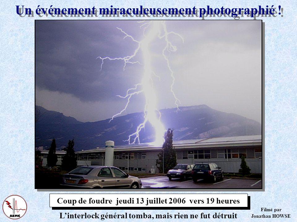 Protection dun bâtiment par de nombreux PDA Ce bâtiment en anneau de lESRF à Grenoble est dot é de huit PDA! Selon la 17-102 le bâtiment est enti è re