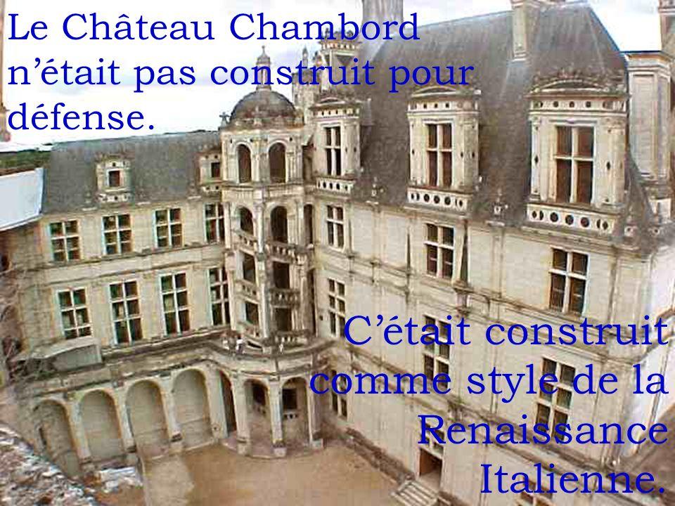 Il y avait des autres qui habitaient dans le Château Chambord.