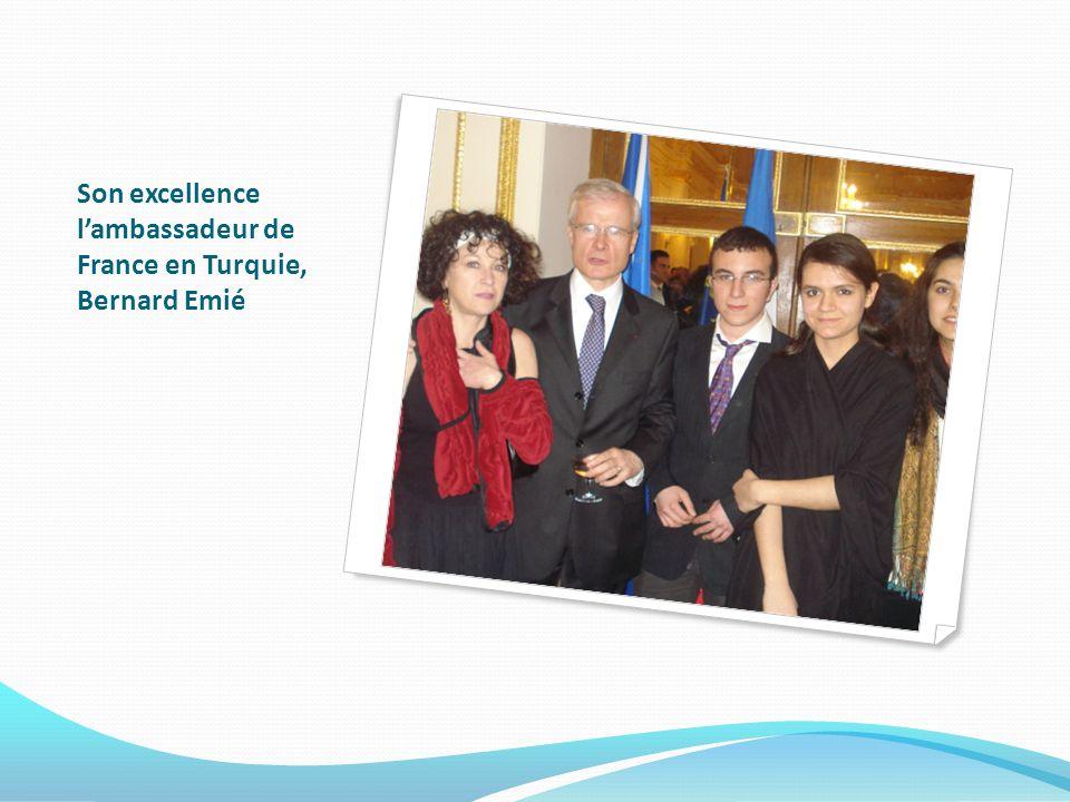 Son excellence lambassadeur de France en Turquie, Bernard Emié