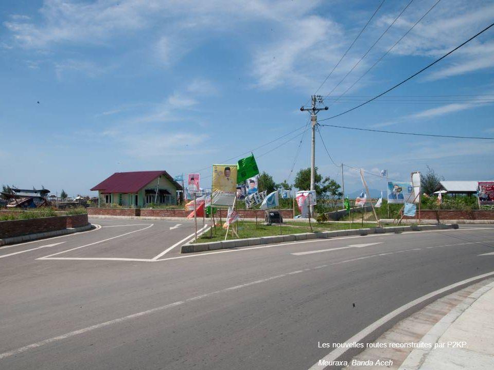 Les nouvelles routes reconstruites par P2KP. Meuraxa, Banda Aceh