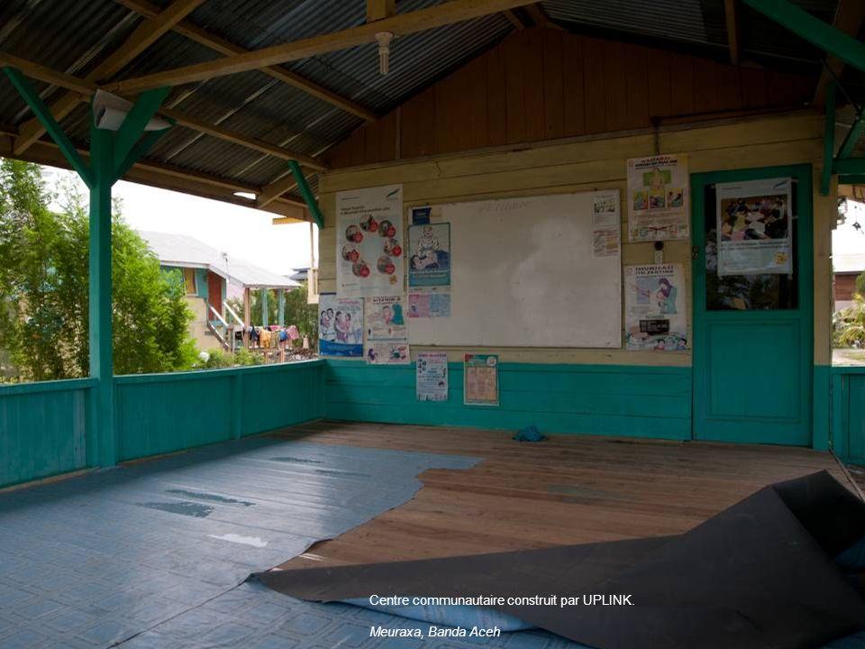 Centre communautaire construit par UPLINK. Meuraxa, Banda Aceh