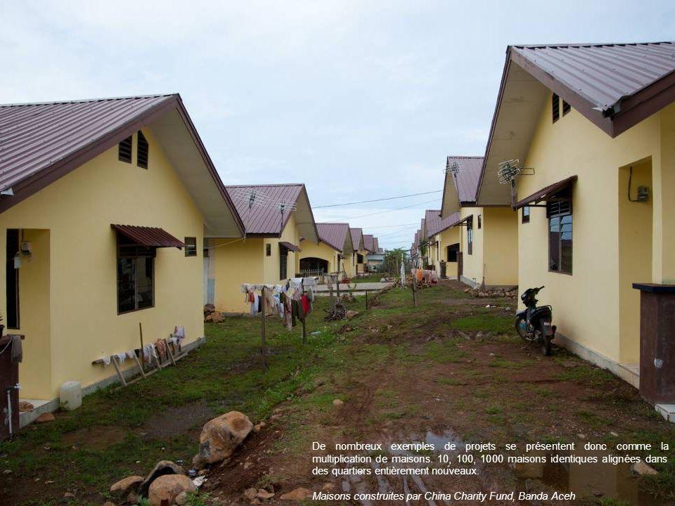 De nombreux exemples de projets se présentent donc comme la multiplication de maisons. 10, 100, 1000 maisons identiques alignées dans des quartiers en