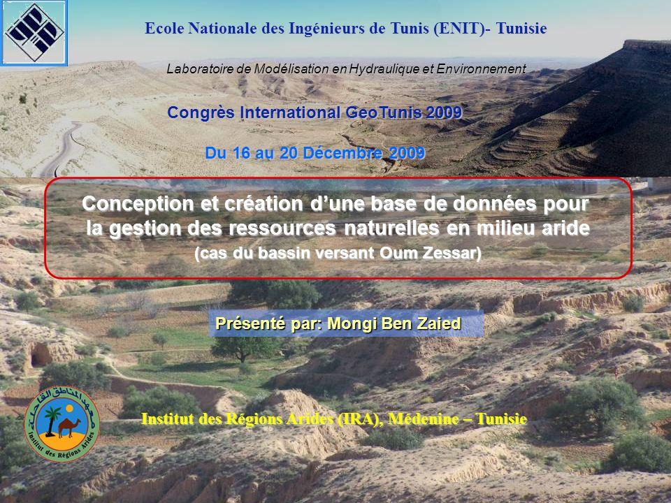 18/12/2009 Congrès International GeoTunis 2009 Conception et création dune base de données pour la gestion des ressources naturelles en milieu aride 32 Caractéristiques générales du modèle GR4J SH1 et SH2 sont définies en fonction du temps Qd = max (0 ; Q1+F) Q = Qr + Qd UH1 (j) = SH1 (j) – SH1 (j-1) UH2 (j) = SH2 (j) – SH2 (j-1) E P interception En Pn-PsEs Pn Ps 0.90.1 UH1 2 Q X1 X3 F(X2) Q1Q9 QdQr S R Perc Réservoir de Production Routage 2.X4X4 Pr
