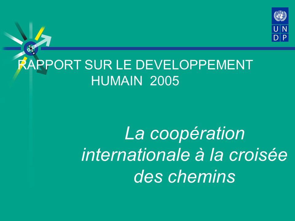 Trois messages délivrés par le Rapport sur le développement humain (RDH) 2005 Si nous voulons vraiment réaliser les OMD, un scénario du type « on continue comme dhabitude » ne nous permettra pas datteindre nos objectifs dici à 2015.