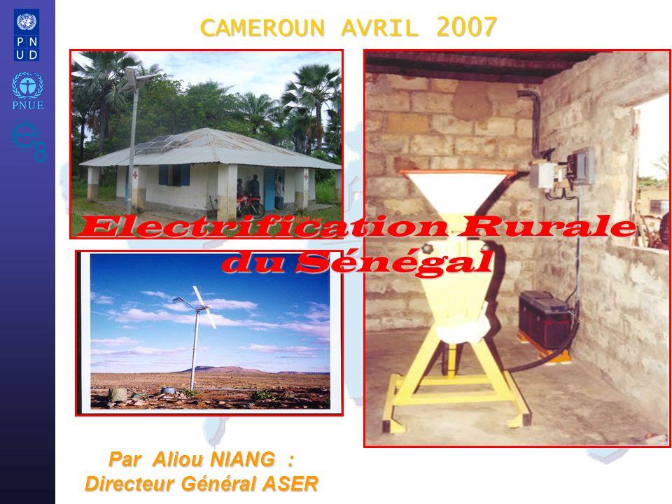 e8 / UNEP/UNDP Atelier sur L électrification Rurale 2 I- Avant les r é formes A-Etat des lieux (1960 à 1998) Un monopole public, Un monopole public, Une seule source de financement lÉtat, Une seule source de financement lÉtat, Un tarif unique basé sur le kWh qui ne reflète pas la réalité des coûts et dégressif de surcroît, favorisant le gaspillage dénergie : Un tarif unique basé sur le kWh qui ne reflète pas la réalité des coûts et dégressif de surcroît, favorisant le gaspillage dénergie : Un déficit chronique de production remontant à octobre 1975 aggravé par les facteurs ci-après : Un déficit chronique de production remontant à octobre 1975 aggravé par les facteurs ci-après : - La croissance accélérée de la demande environ 7% lan, ces 5 dernières années : - La croissance accélérée de la demande environ 7% lan, ces 5 dernières années : - Lobsolescence du parc de production et labsence de réserve et ses conséquences : - Lobsolescence du parc de production et labsence de réserve et ses conséquences : - Les retards dinvestissements : - Les retards dinvestissements :