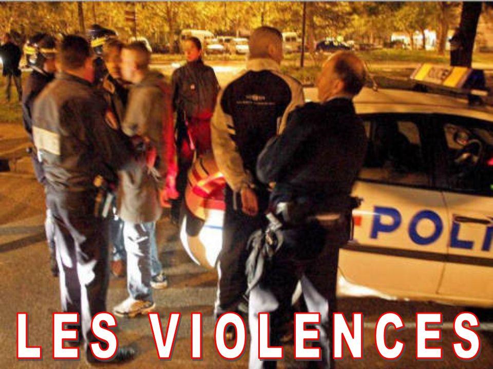 La violence est un terme général employé pour décrire un comportement agressif, non amical, non pacifiste, belligérant, ennemi, autrement dit une contrainte imposée, qui provoque la douleur, la peine.