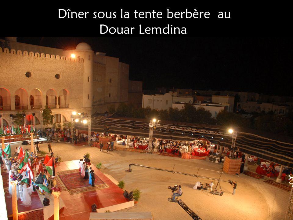 Dîner sous la tente berbère au Douar Lemdina