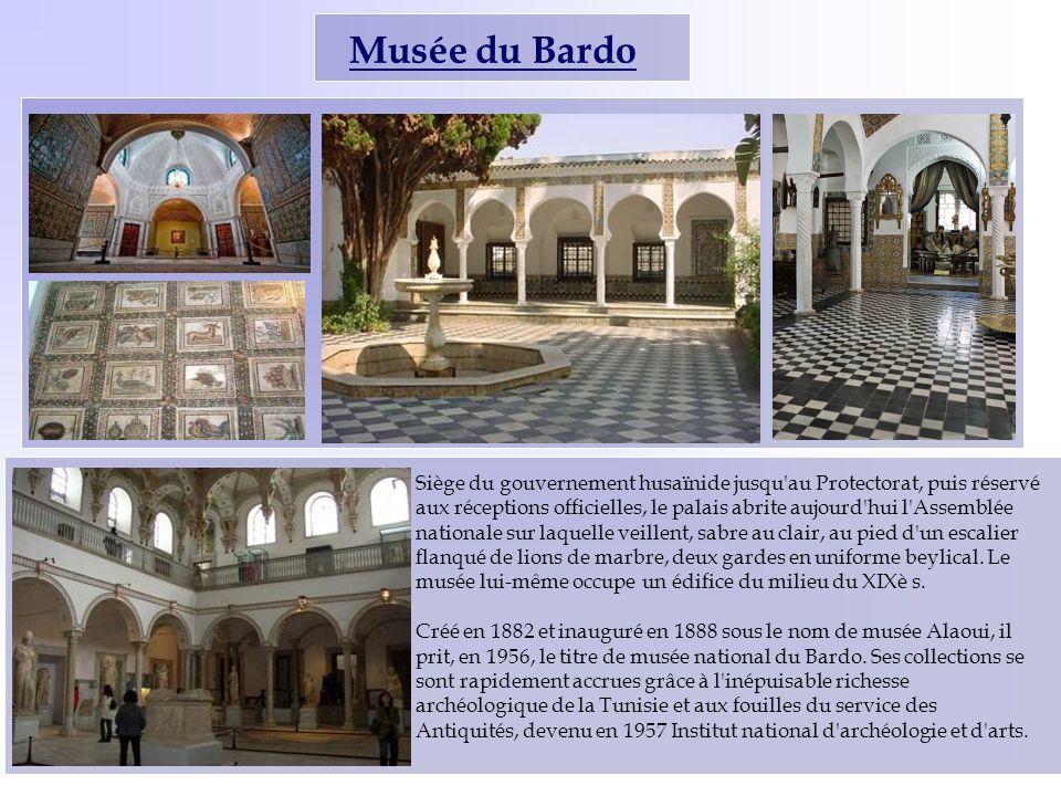 Musée du Bardo Siège du gouvernement husaïnide jusqu'au Protectorat, puis réservé aux réceptions officielles, le palais abrite aujourd'hui l'Assemblée