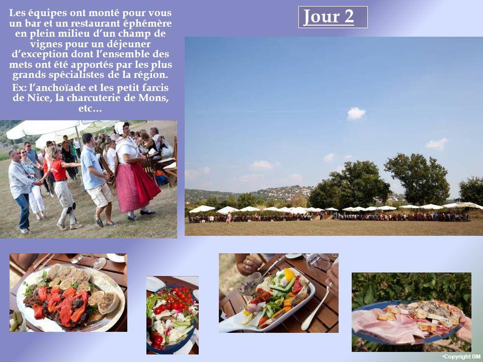 Jour 2 Les équipes ont monté pour vous un bar et un restaurant éphémère en plein milieu dun champ de vignes pour un déjeuner dexception dont lensemble des mets ont été apportés par les plus grands spécialistes de la région.