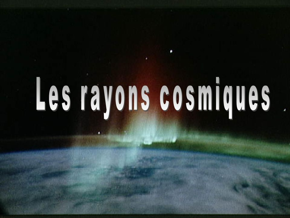 21 Corinne Bérat, « Energie Extrême », UCBL, 02/02/04 Les rayons cosmiques Nature des rayons cosmiques particules ordinaires : noyaux, électrons, photons, neutrinos Composition : Les rayonnements cosmiques représentent 1/3 de la radioactivité naturelle totale Cas des neutrinos : 100000 milliards de traversent votre corps chaque seconde Un seul arrêté par votre corps pendant toute votre vie 99% de noyaux 1% délectrons 1% de noyaux lourds 89% de H 10% de He ~ composition de la matière de l univers