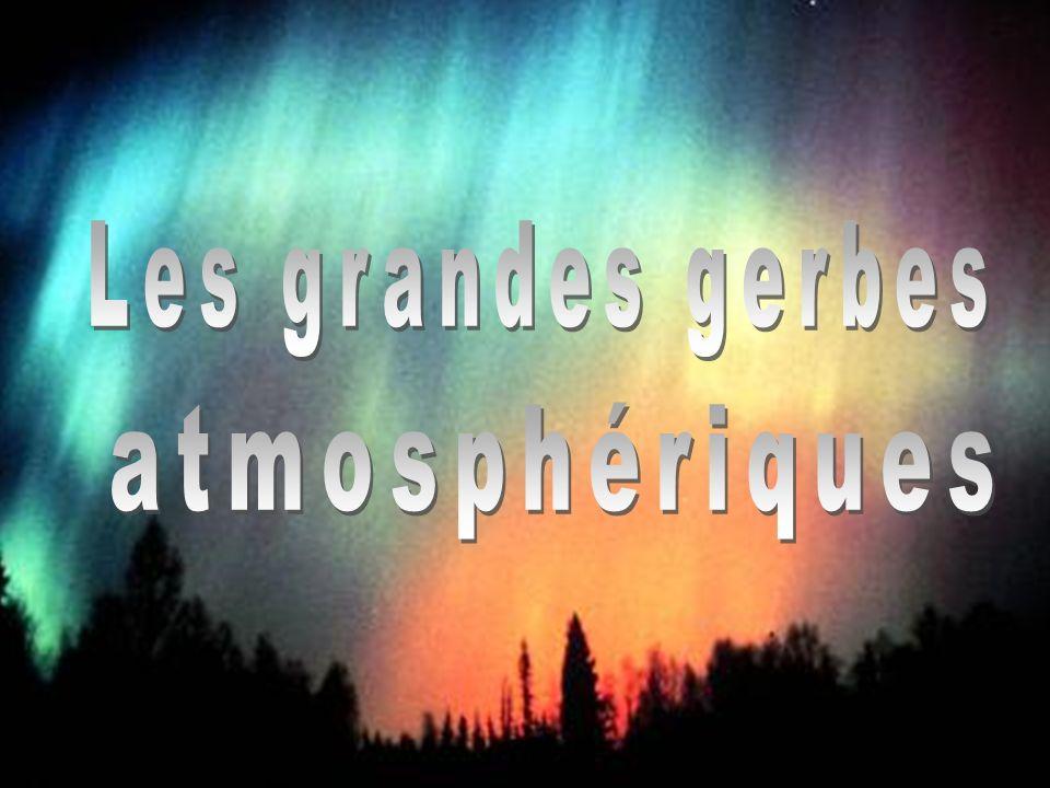 29 Corinne Bérat, « Energie Extrême », UCBL, 02/02/04 Les grandes gerbes atmosphériques Découverte des gerbes atmosphériques Ce sont des averses soudaines de particules, résultant dun seul rayon cosmique initial dénergie colossale.