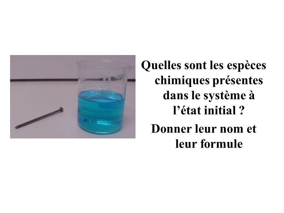 Aide : il y a 4 espèces chimiques..