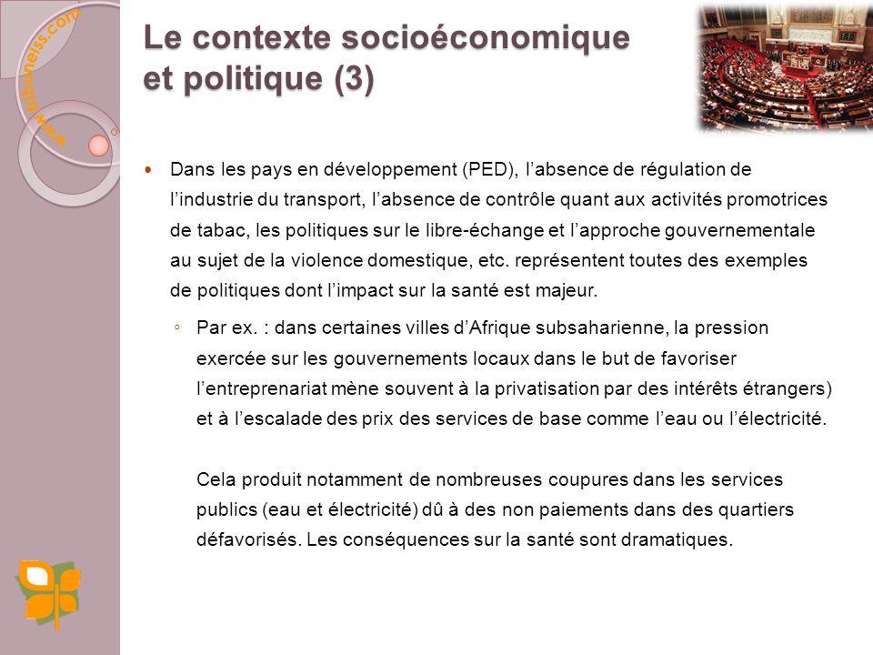 La position sociale, lestime de soi et le sentiment de contrôle sur son travail et sa vie expliquent davantage létat de santé dun individu que les comportements à risque (tabac, alcool, sédentarité, etc.) (Paquet, 2005).