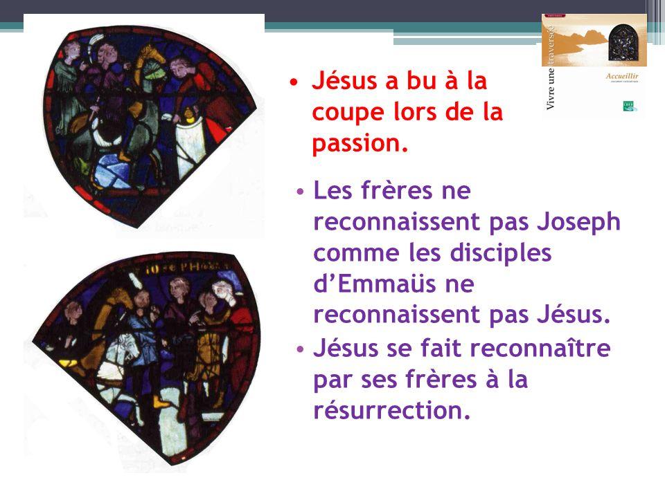 Les frères ne reconnaissent pas Joseph comme les disciples dEmmaüs ne reconnaissent pas Jésus. Jésus se fait reconnaître par ses frères à la résurrect