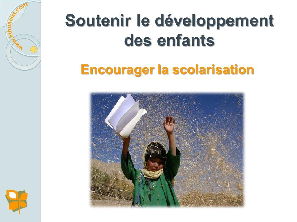 Y a-t-il des projets, des interventions ou des politiques qui ont montré leur efficacité à soutenir le développement des enfants? Y a-t-il des projets