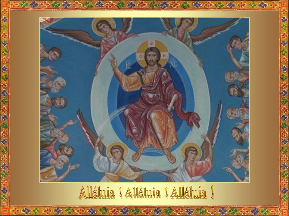 Levons les yeux comme les disciples, et suivons en désir celui qui monte aujourdhui et qui va nous préparer une place. En haut les cœurs ! Sursum cord