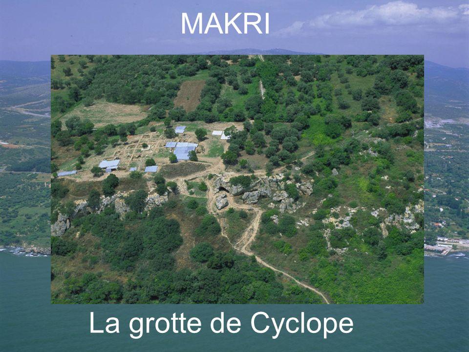 La grotte de Cyclope MAKRI