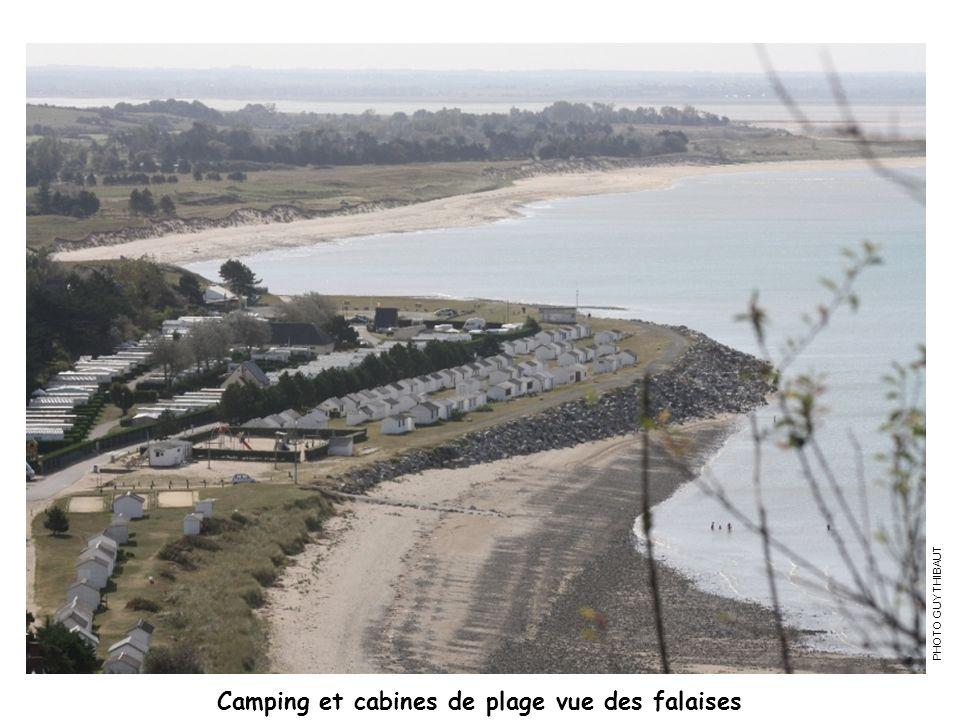 Camping et cabines de plage vue des falaises PHOTO GUY THIBAUT
