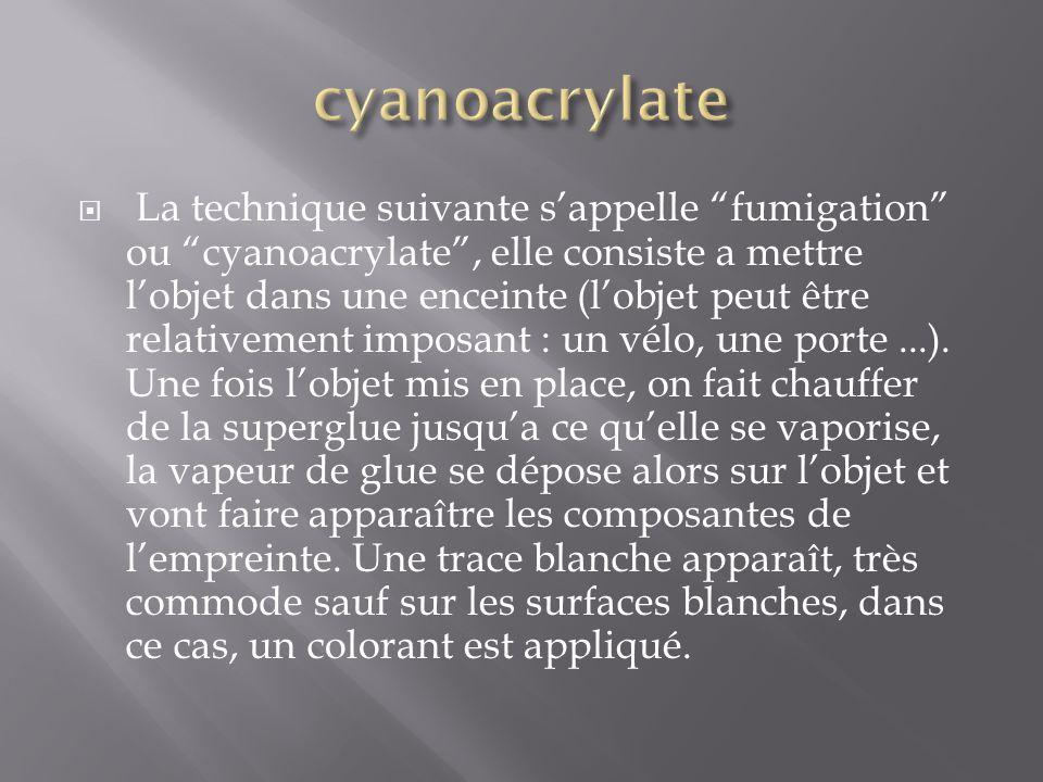  - Complémentaires de la DFO, la ninhydrine permet également de révéler des empreintes sur les papiers et cartons. La ninhydrine réagit avec les acid
