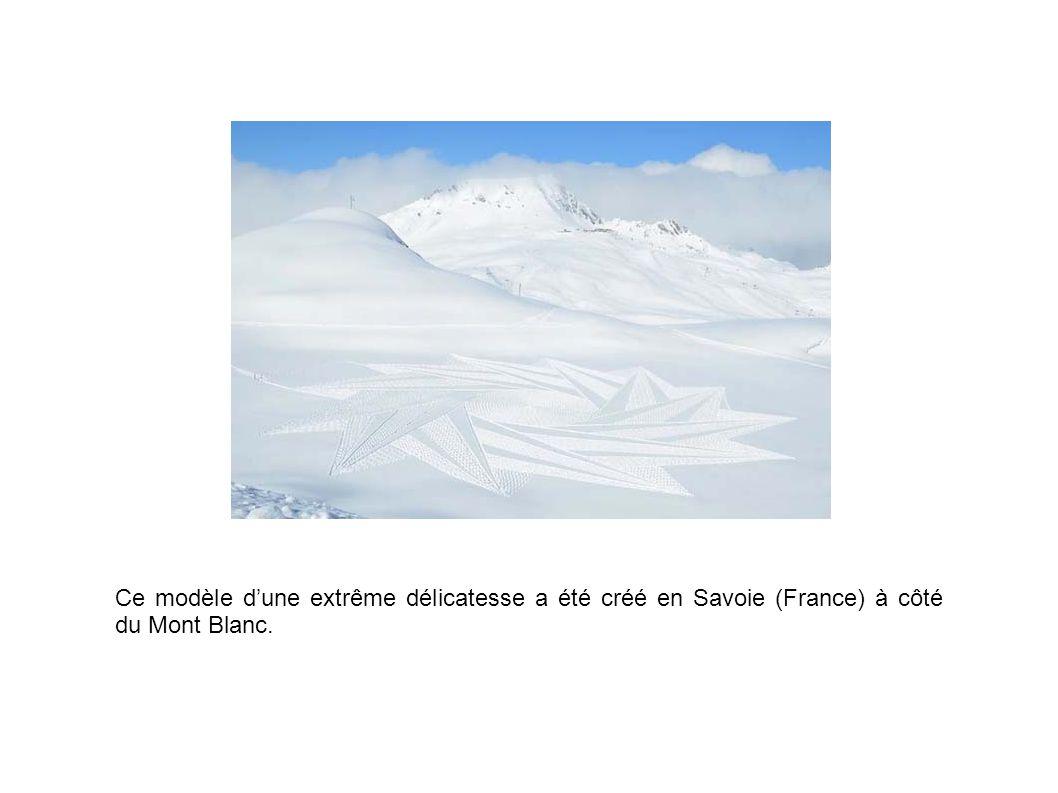 Ce modèle d'une extrême délicatesse a été créé en Savoie (France) à côté du Mont Blanc.