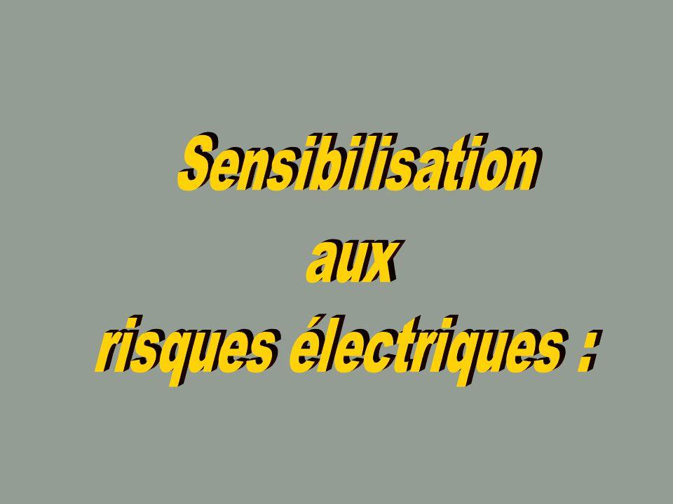 Rôle de la tension : Le début du processus d électrisation n est perceptible qu à partir d une certaine valeur de tension.