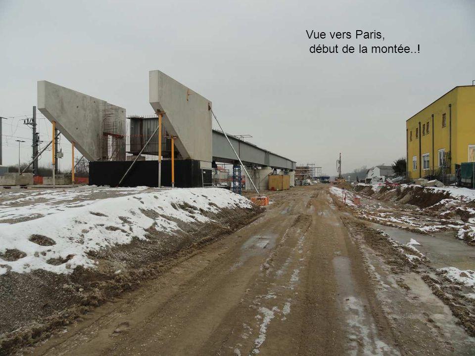 On aperçoit le début du viaduc Vue vers Strasbourg
