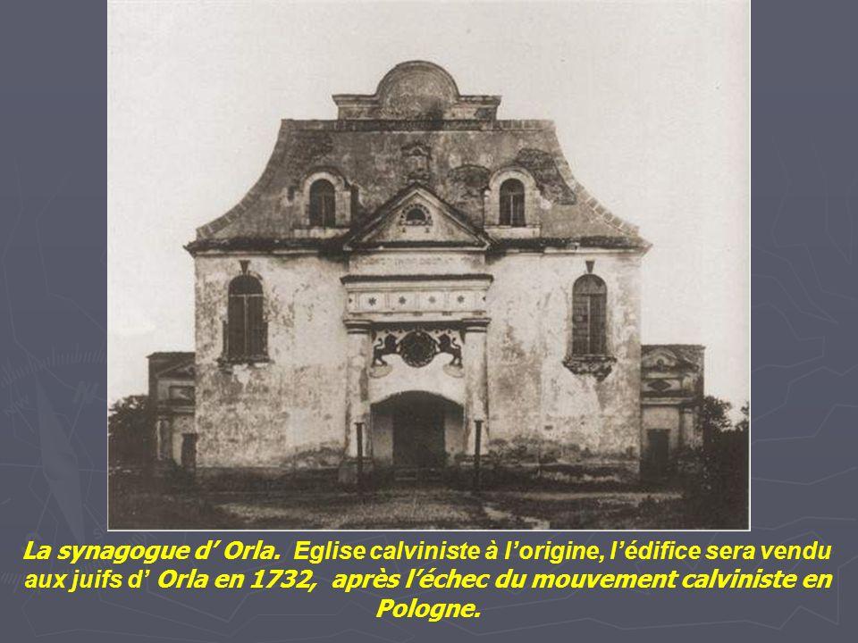 La grande synagogue forteresse de Luck, construite au 17 ème siècle sur le site d'un ancienne synagogue. Construite comme une forteresse pour aider la