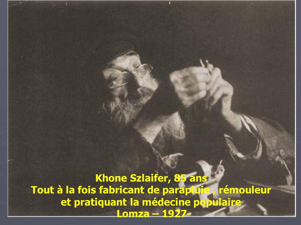 Naftole Grinband, un horloger. Gora Kalwaria (Nom Yiddish: Ger) -1928-