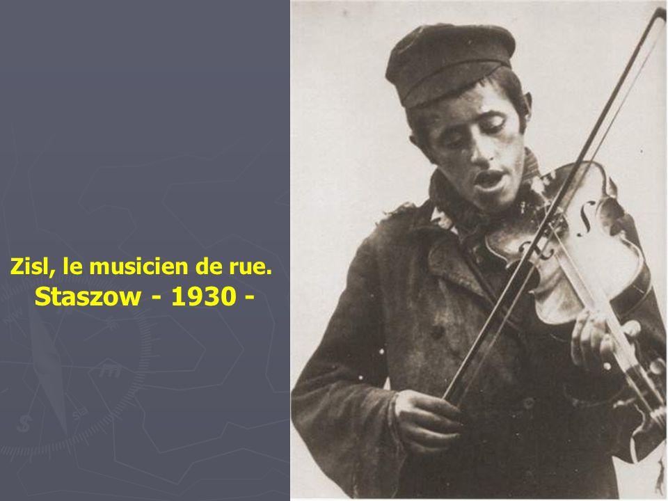 Juifs et paysans un jour de marché à Otwock – 1937 -