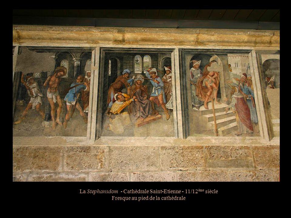 La Stephansdom - Cathédrale Saint-Etienne - 11/12 ème siècle La tour des païens