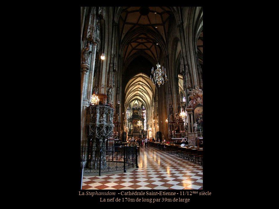 La Stephansdom - Cathédrale Saint-Etienne - 11/12 ème siècle Les voutes