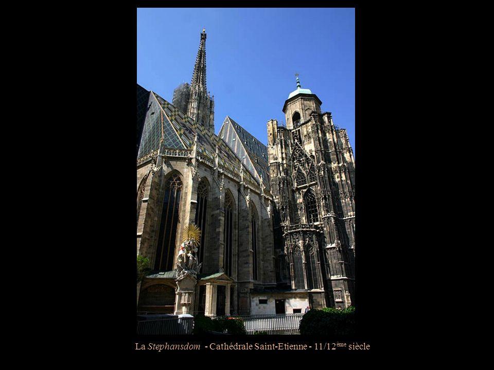 La Stephansdom - Cathédrale Saint-Etienne - 11/12 ème siècle