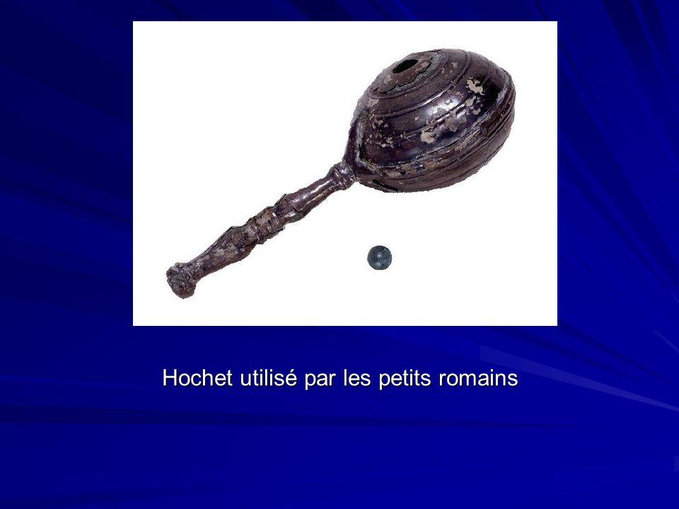 Hochet utilisé par les petits romains