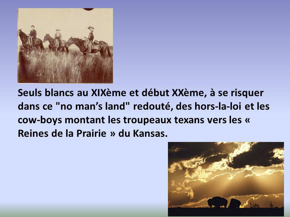 Au boom pétrolier des années 1920, succéda la sécheresse des Dust Bowls des années 1930 qui déclencha, lors de la Grande Dépression, l'émigration des fermiers pauvres et ruinés.