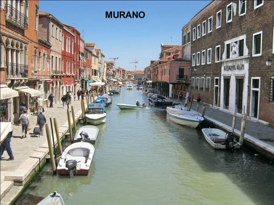 On reprend le vaporetto pour aller de San Michele à Murano x x