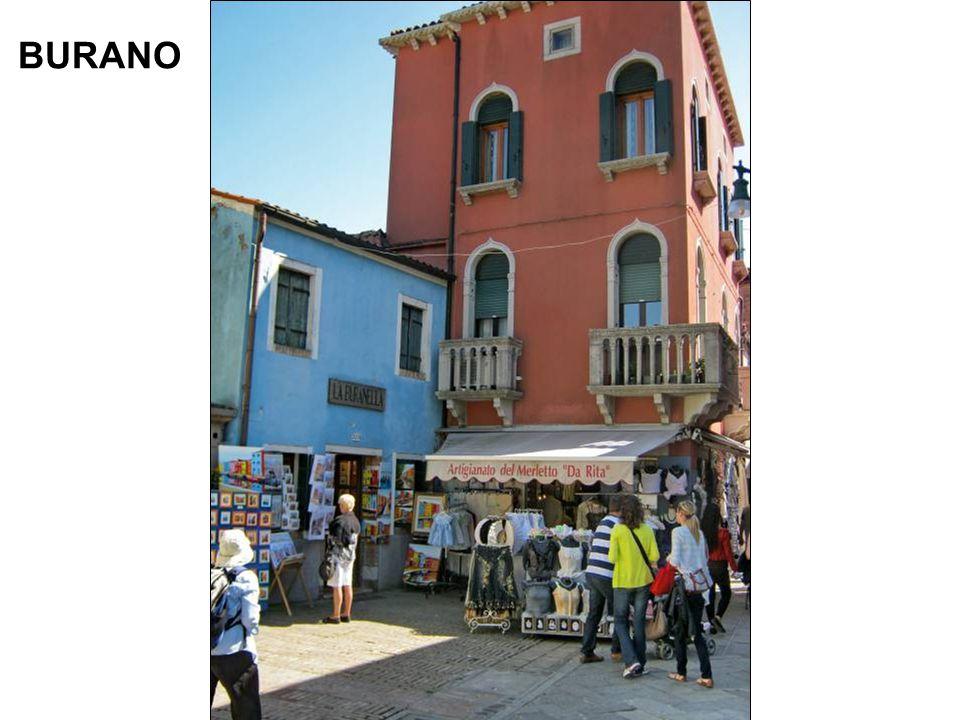 Et nous passons de Murano à Burano x x