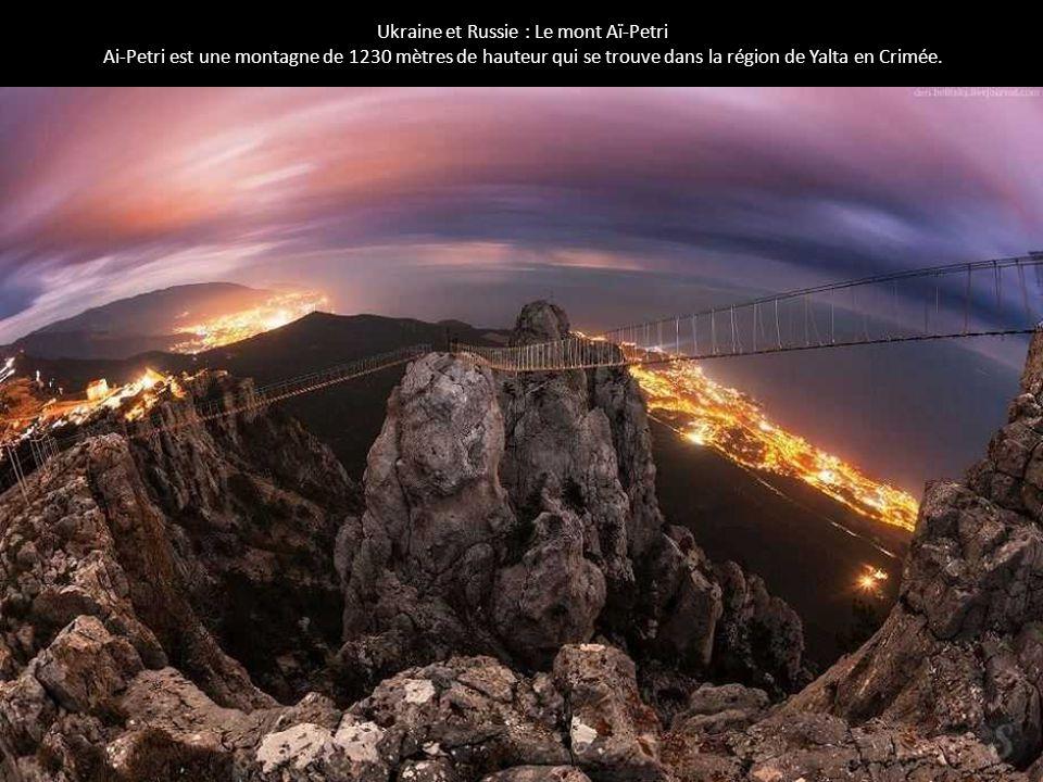 Ukraine et Russie : Le mont Aï-Petri Ai-Petri est une montagne de 1230 mètres de hauteur qui se trouve dans la région de Yalta en Crimée.