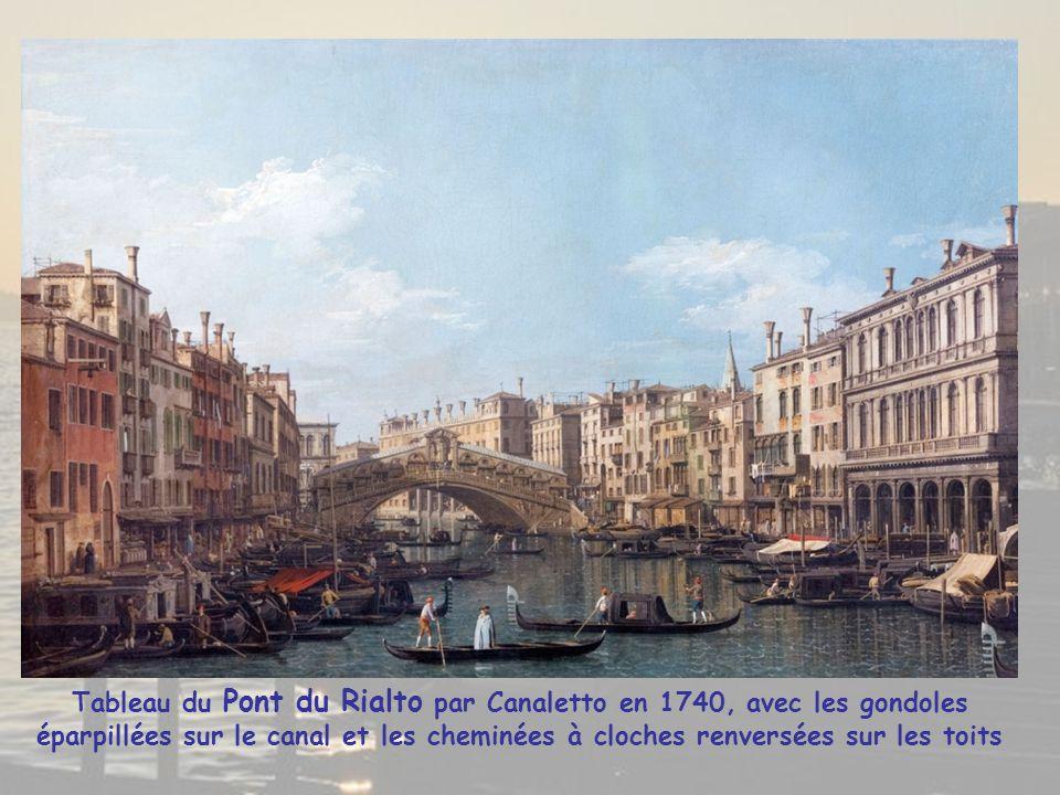 Grosse circulation sur le Grand Canal où sur ses rives la richesse de l'ancienne République de Venise resplendit à travers ses palais datant du 13° au 18 °s., posés sur une couche de briques et de pierres reposant sur des pieux en bois de mélèze Direction le « Ponte di Rialto » datant de 1590, il est le plus ancien pont de Venise
