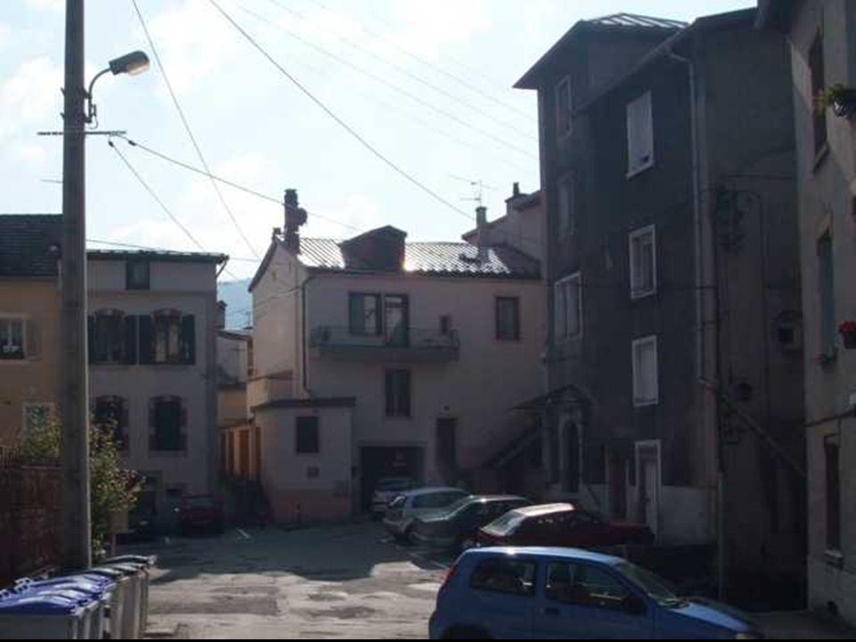 Cette maison, une des plus anciennes de la cité, fut « l'Hôtel de Ville ».