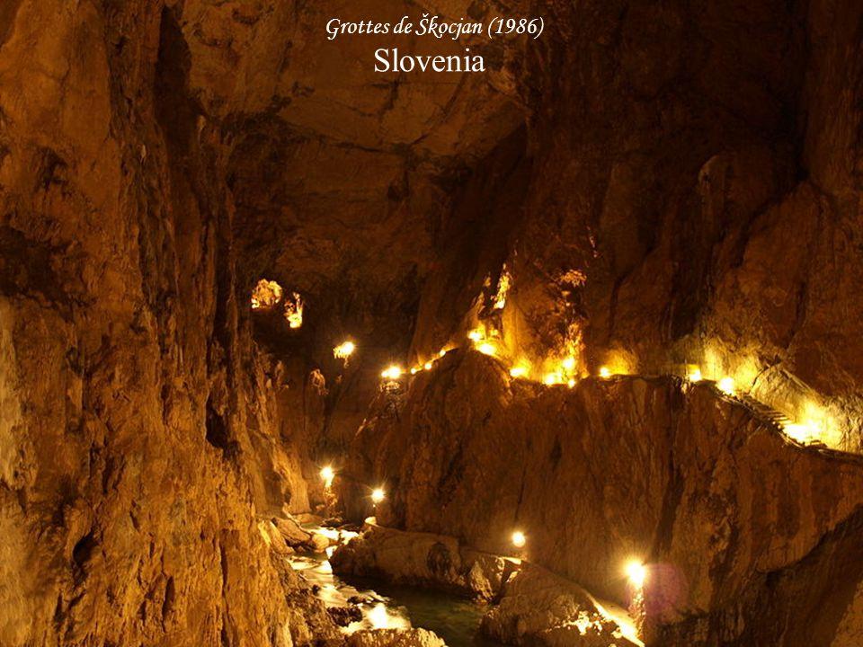 Grottes du karst d'Aggtelek et du karst de Slovaquie (1995, 2000) Slovacia